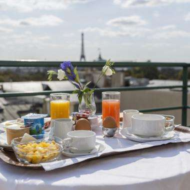 Hotel de Castiglione -Petit Déjeuner avec vue